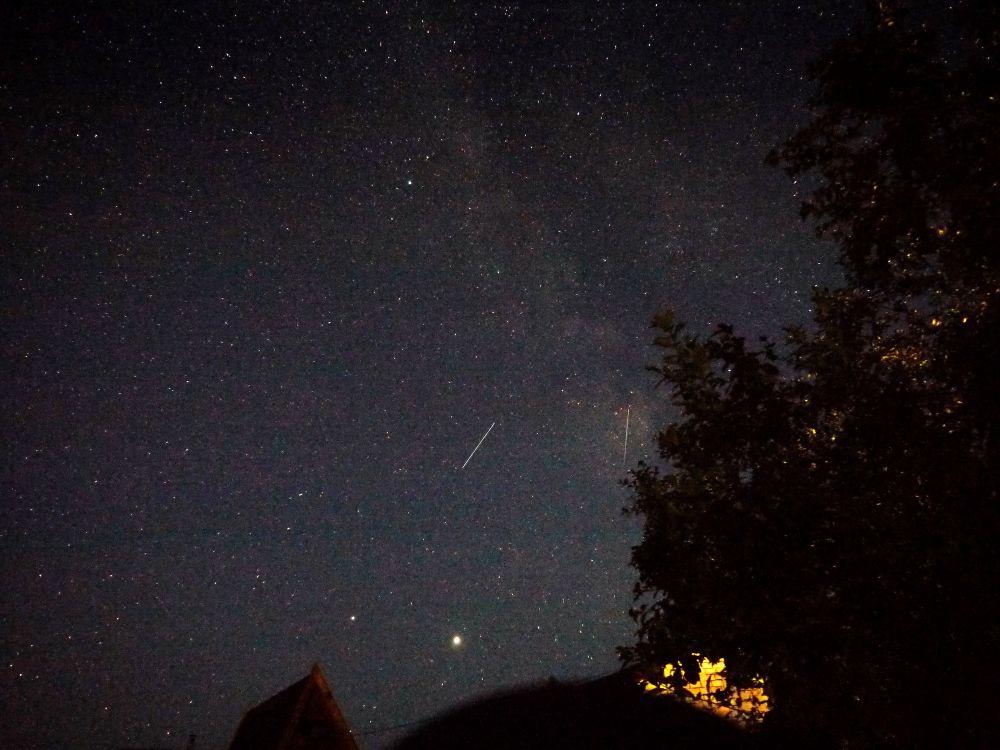 Млечный путь, планеты, метеоры на даче