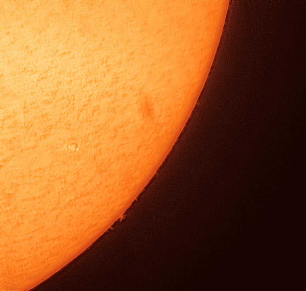 Солнце и протуберанец. 10.10.2021