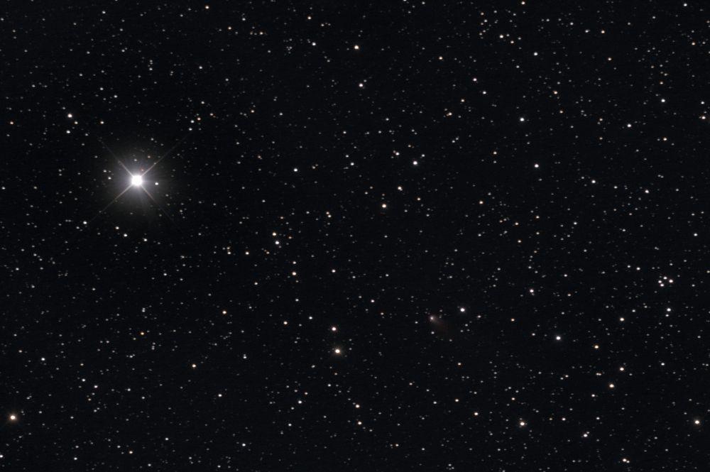 260P/McNaught (11,6m) и звезда Тета Персея (4,1m)