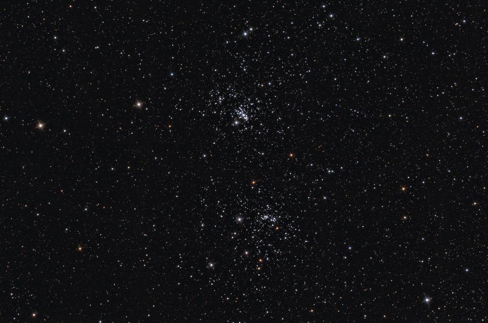 Двойное скопление в Персее (NGC 869 и NGC 884)