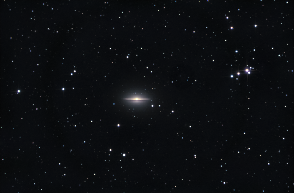 M104 - Сомбреро.