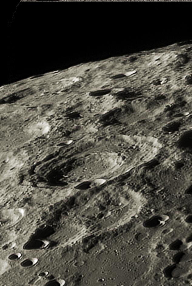 Район кратера Буссенго (Region of Boussingault)