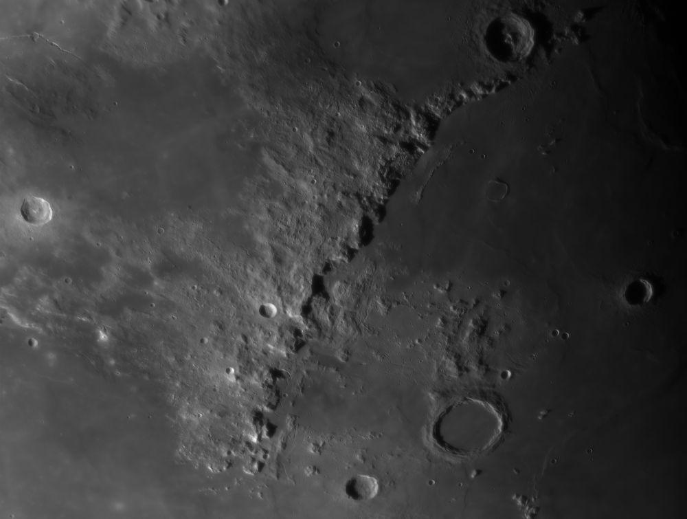 Montes Apenninus 01.05.2020