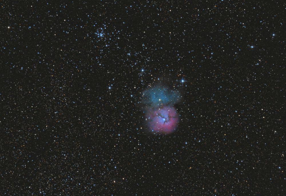 Trifid nebula M20 & open cluster M21