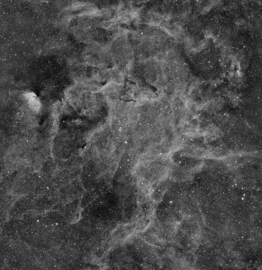 Поле в Лебеде Sh2-101, NGC 6781, NGC 6883