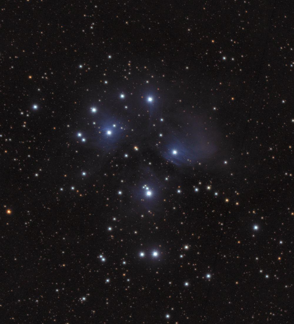 M45 Звёздное скопление Плеяды