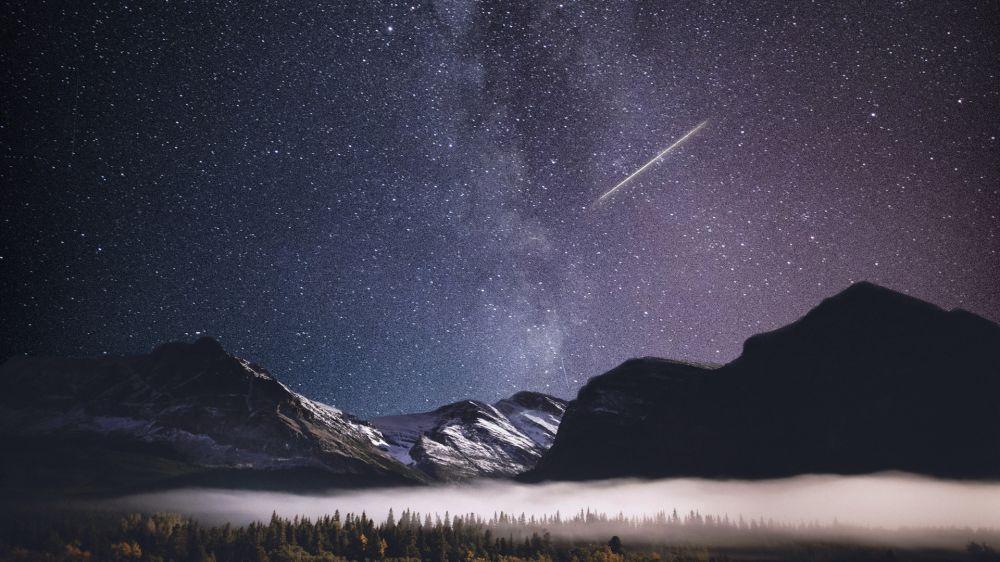 Млечный путь и метеор - астрофотография