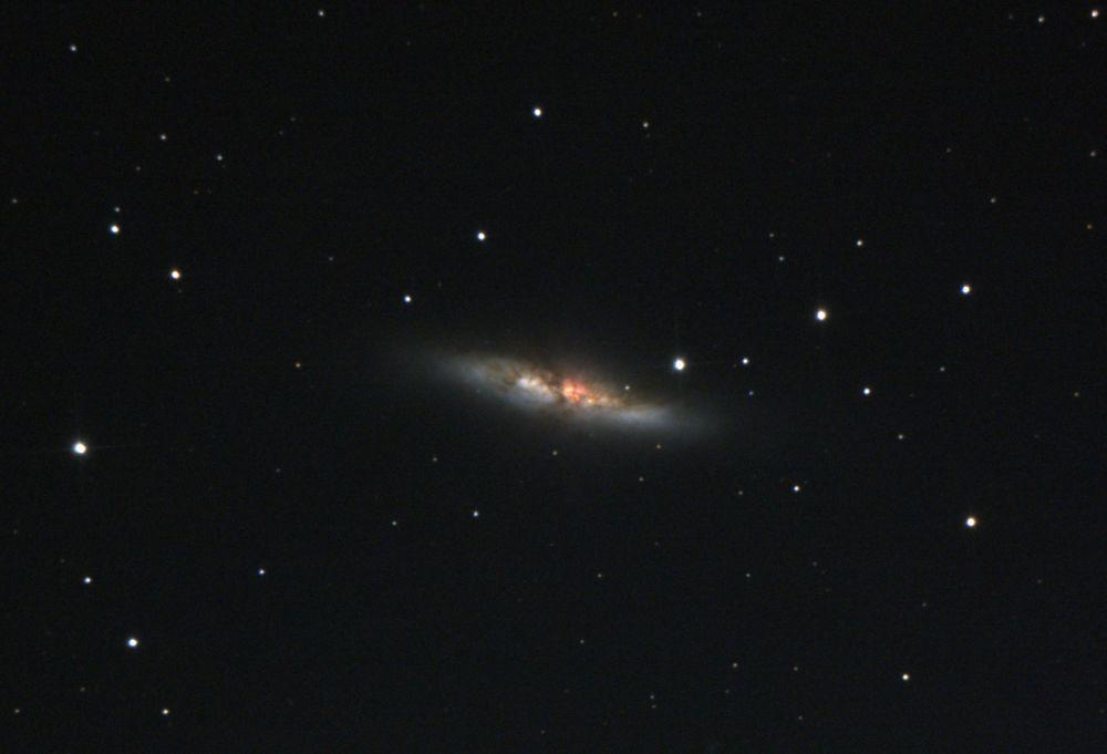 M82 галактика Сигара
