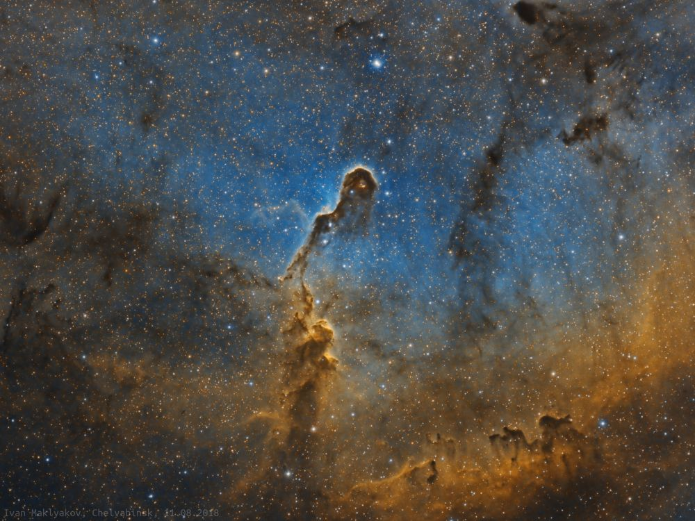 Туманность Хобот Слона (IC1396) в палитре HST. - астрофотография