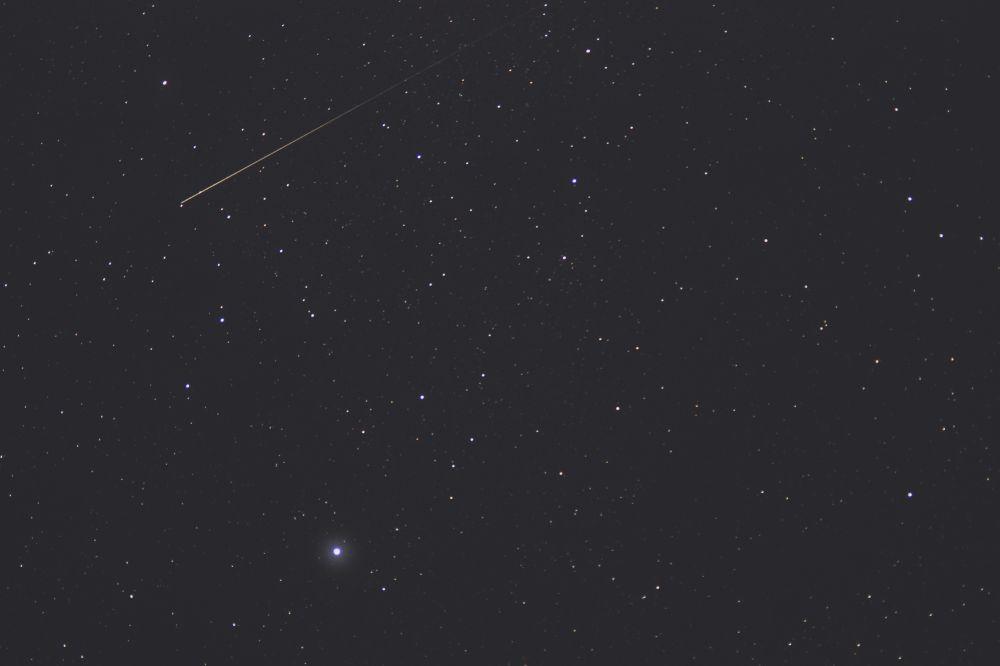 Денеб и метеор
