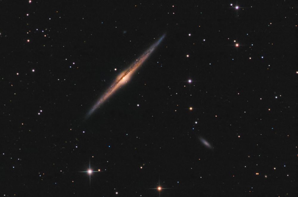 Галактика Игла (NGC 4565)