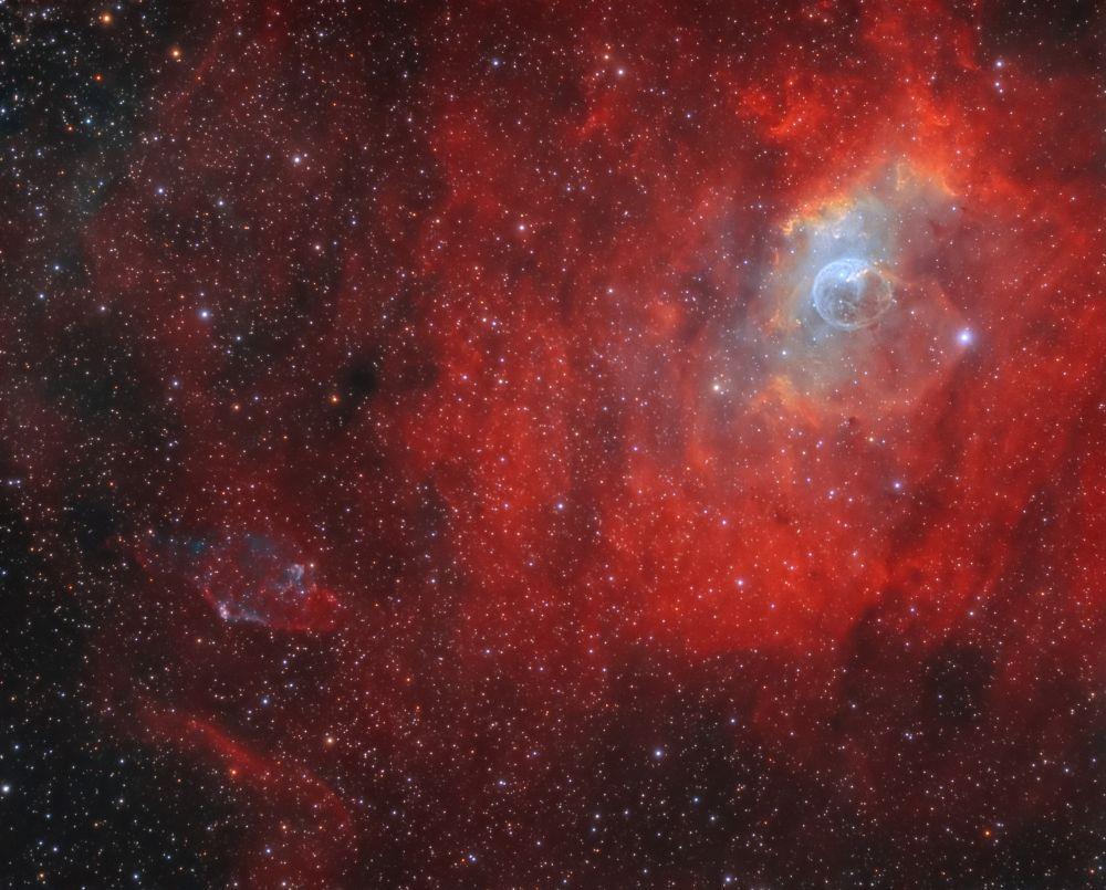 Planetary nebula KjPn 8 (PN G112.5-00.1, K3-89) and Bubble Nebula (NGC7635)