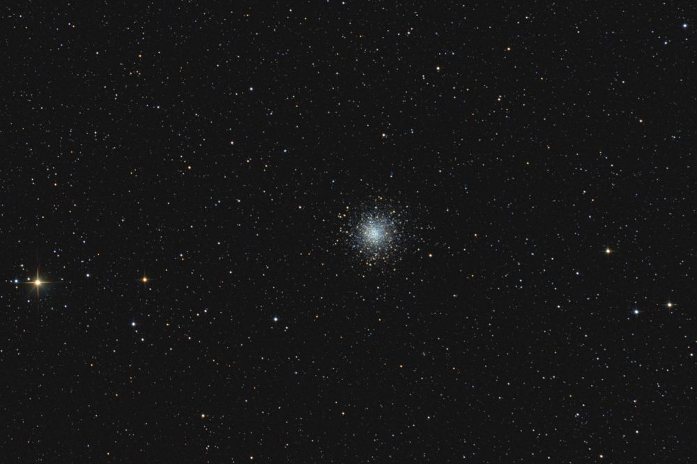 Globular cluster M10