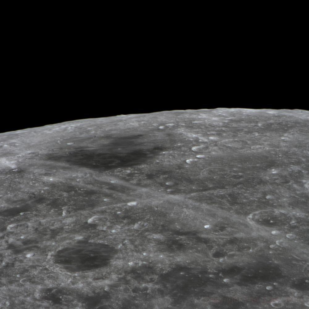 Endymion, Mare Humboldtianum (30 jan 2015, 21:01)