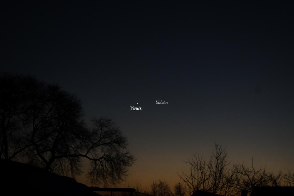 Сближение Венеры и Сатурна 12 декабря 2019 года.