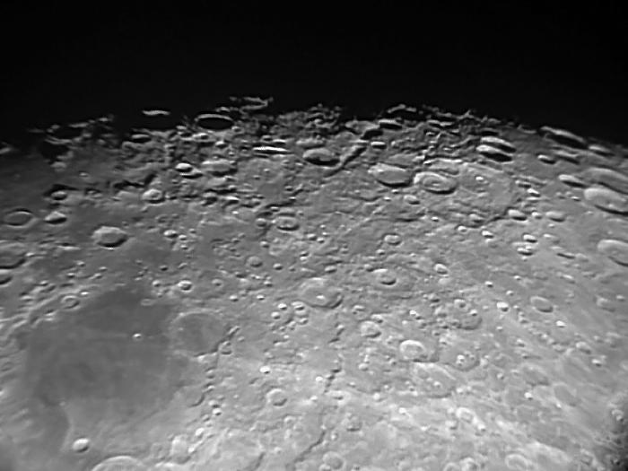 Первые лунные кратеры (1)