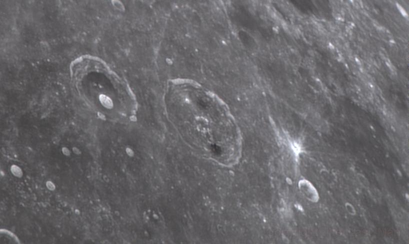 Rimae Atlas, Hercules (4 nov 2014, 22:45)