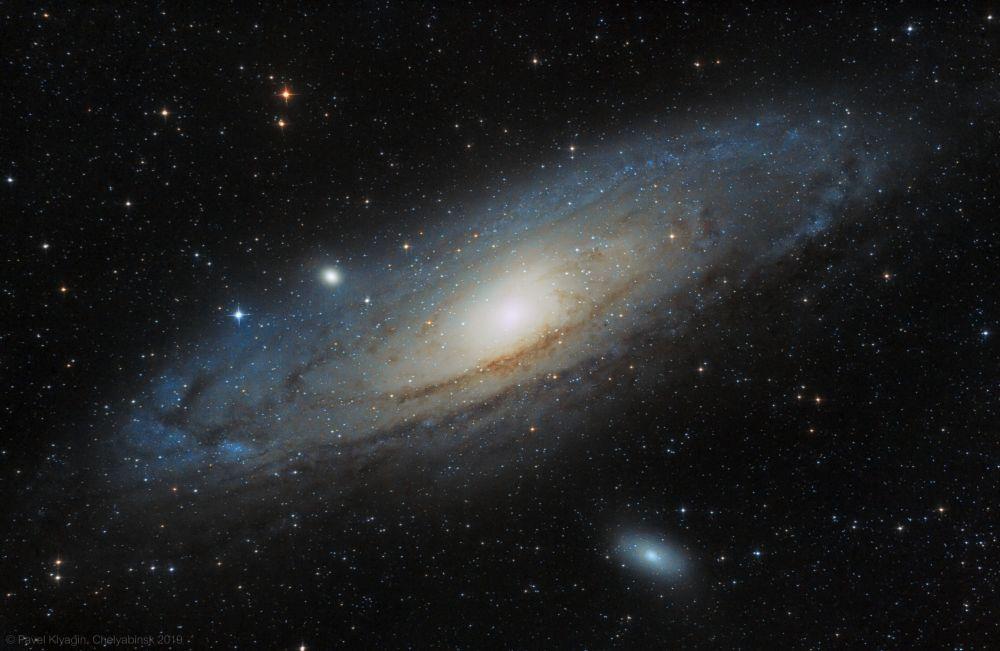 Галактика Андромеды М31, галактики М32, М110