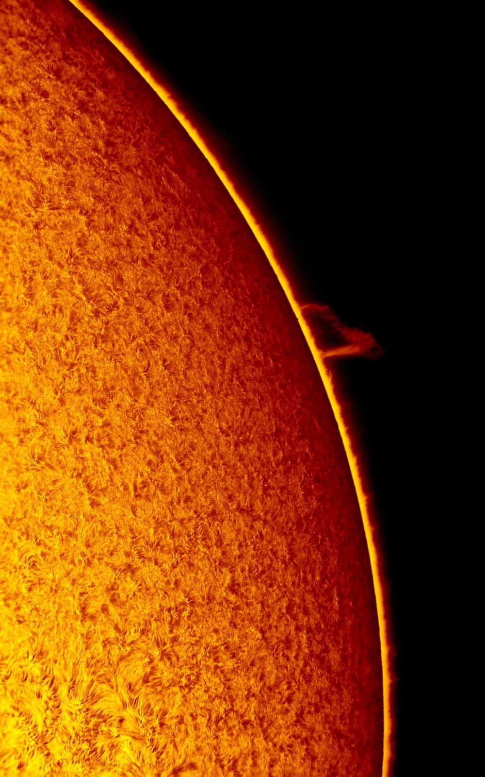 2017.05.06 Sun H-Alpha armchair prominence