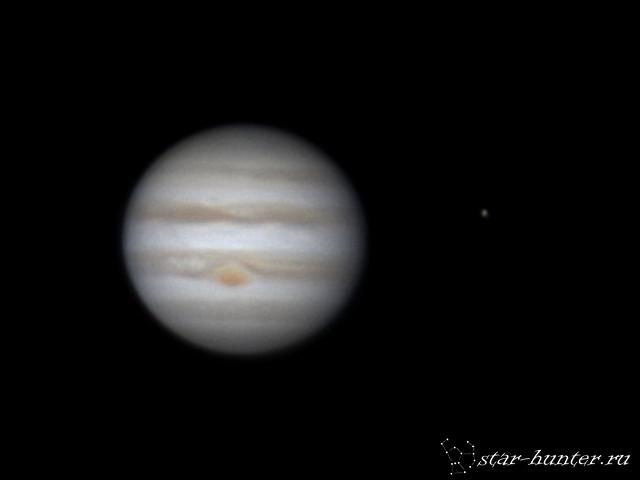 Jupiter and Europa (26 nov 2015, 7:11)