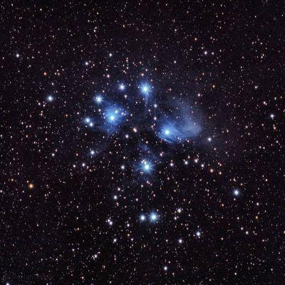 Плеяды - астрофотография