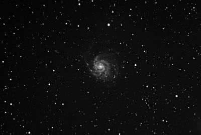 Test M101 - The Pinwheel Galaxy in mono - астрофотография
