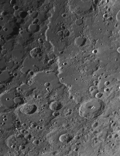 Алтай (Rupes Altai) - астрофотография
