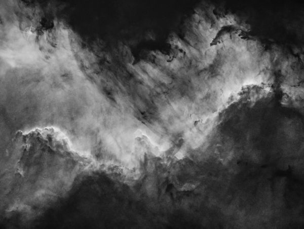 The Cygnus Wall in H-a narrowband - астрофотография