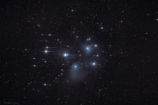 Плеяды M45 - астрофотография