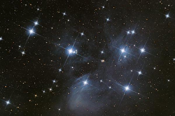 Рассеянное скопление М45 (Плеяды) - астрофотография