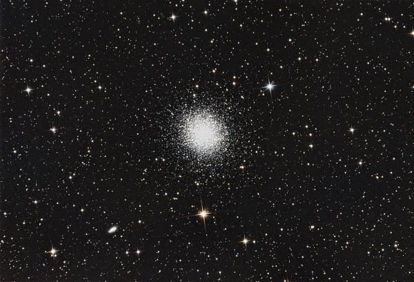Шаровое скопление M13 в Геркулесе - астрофотография