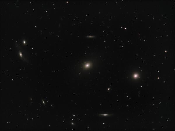 Markarian Chain M 84, M86 - астрофотография
