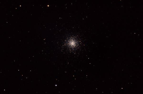 M 13 - Hercules Globular Cluster - астрофотография