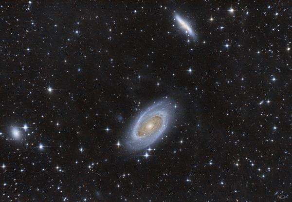 M81 Bode galaxy & M82 Cigar galaxy - астрофотография