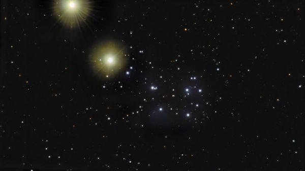 Venus in Pleiades (2 days in a row) - астрофотография