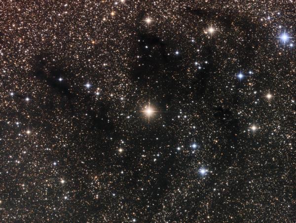 HIP 97091 star region in Vulpecula LRGB - астрофотография