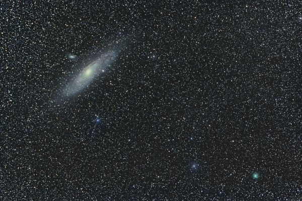 """Галактка М31 """"Туманность Андромеды"""" и комета 64P Свифта-Герельса - астрофотография"""