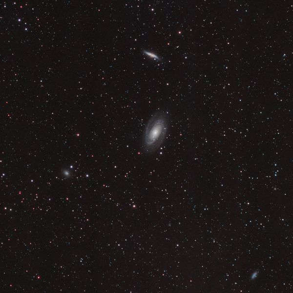 М 81,82 (Бодэ), NGC 3077, 2976 и пр. - астрофотография