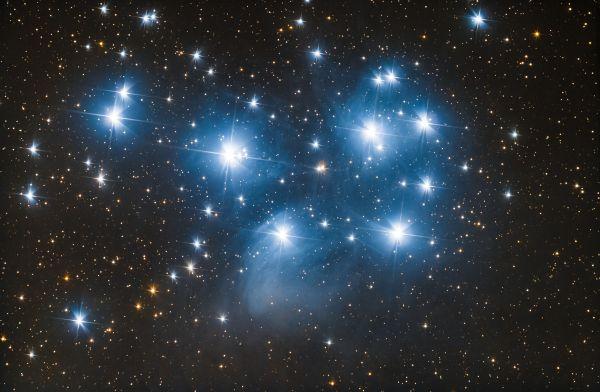 M45 — Плеяды - астрофотография