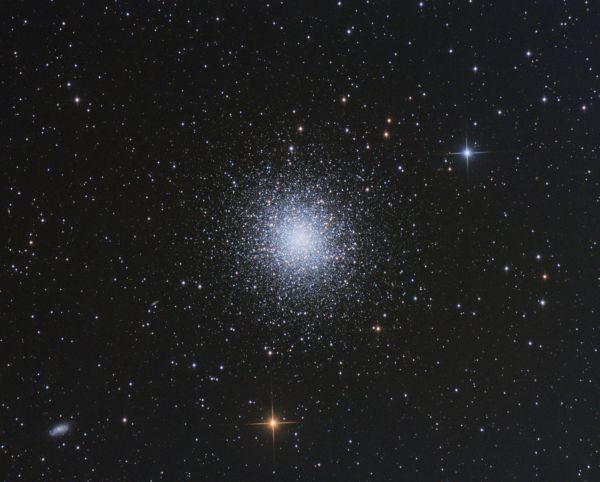 Шаровое звездное скопление M13 (NGC 6205) - астрофотография