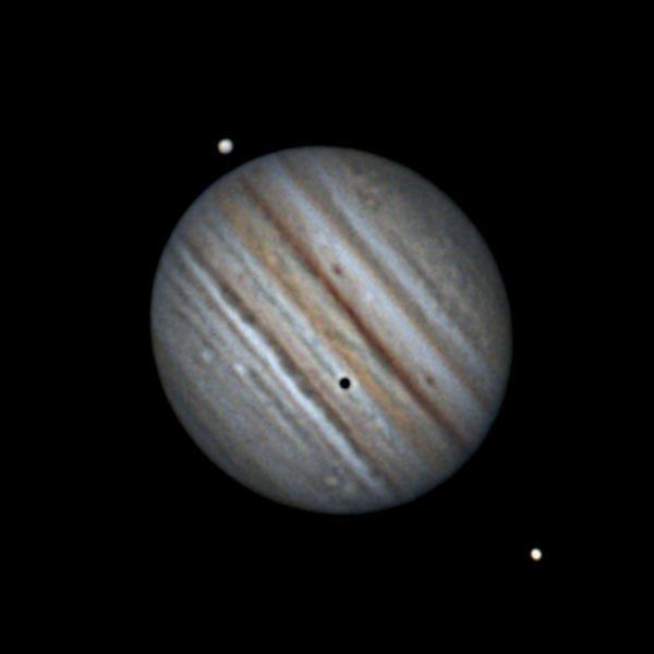 Юпитер, Ганимед, Ио, Европа (если кто разглядит ее на диске) и ее тень. 29 июля 2021. 1:44 - астрофотография